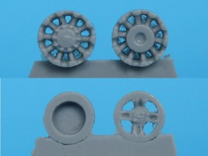Drivewheel and idler