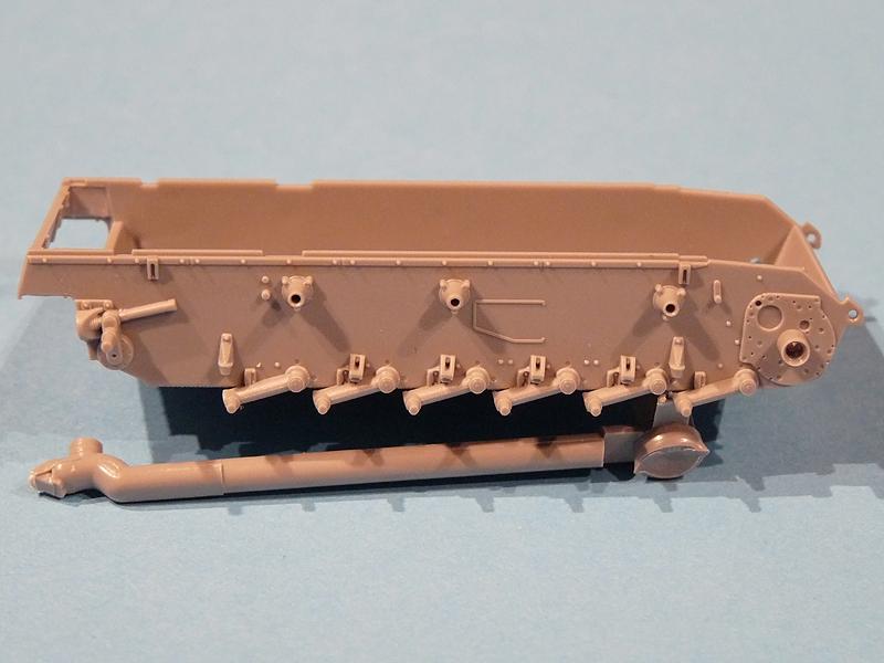 Dragon 1/72 Pz III Ausf. L, kit 7385, Hull 3