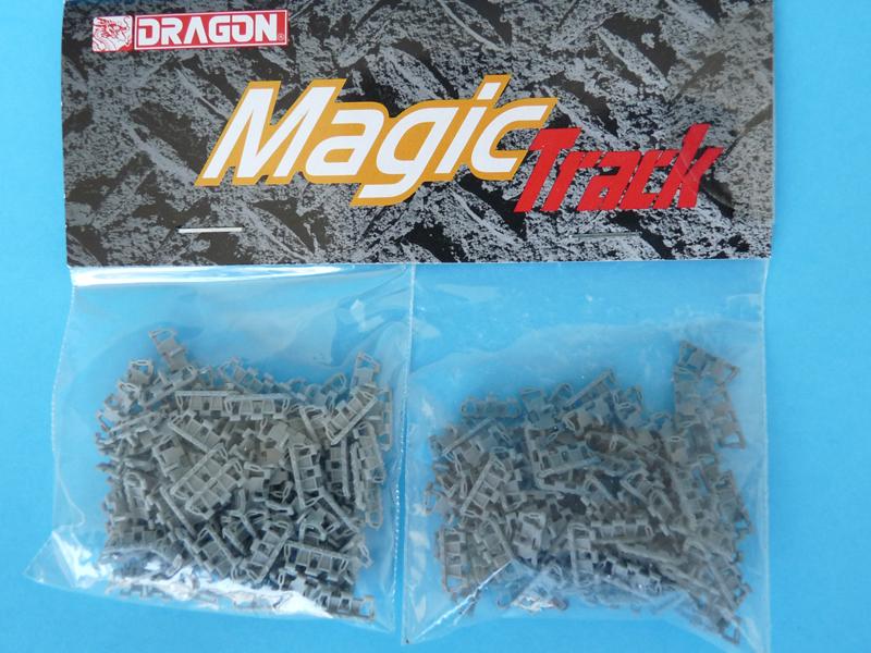Dragon 1/35 StuG IV Late, kit 6211, Magic Link track parts