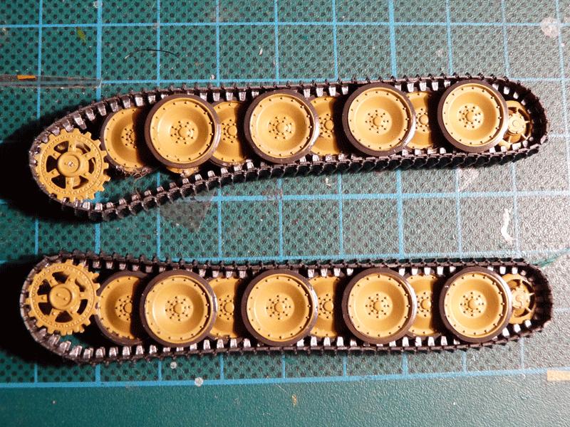 Zvezda 1/72 PzKpfw V Panther Ausf D, kit 5010 Tracks + wheels
