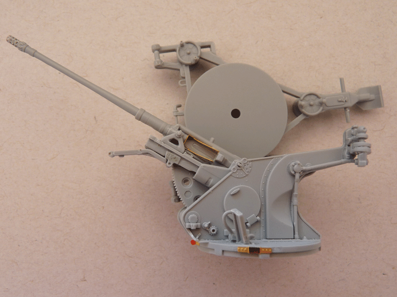 Dragon 6739 1/35 SdKfz 10/4 fur 2cm FLAK 30 Gun and base