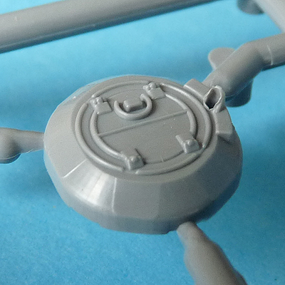Zvezda's 1/72 IS-2, kit 5011 Commander's cupola - back to front view