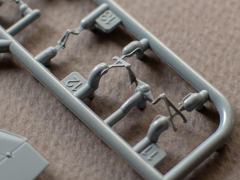 Finely molded drag links in Special Hobby's  1/72 Viggen kit